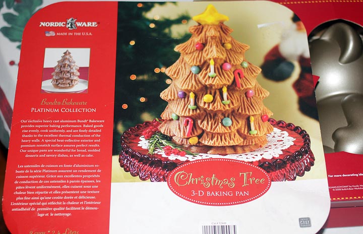 3D Christmas Tree Cake Baking Pan