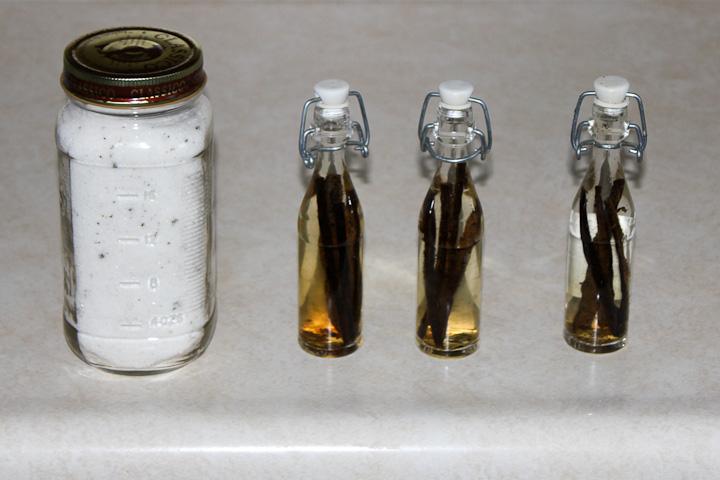 homemade natural vanilla extract and vanilla sugar