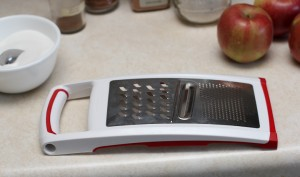 mandolin slicer for cutting apple chips