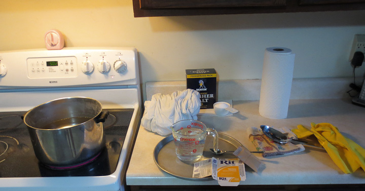 dying fabric with Ritt dye at home on the kitchen stove