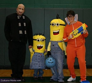 best minion costume family