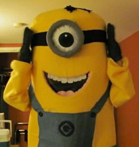 Foam minion costume Despicable ME